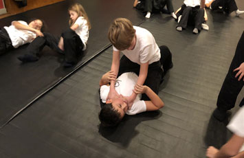 KMPO Krav Maga Paris 16 Enfants